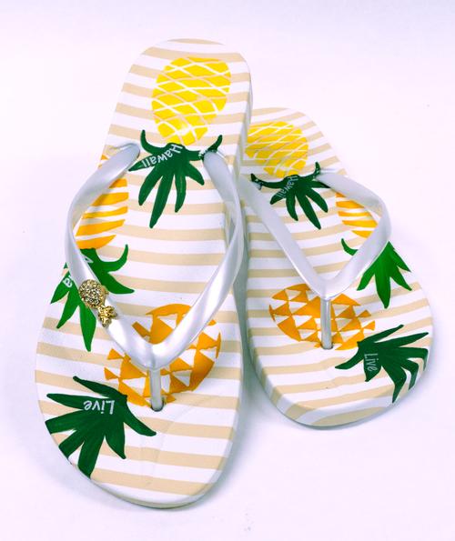 Ladies Hawaiian Design Slippers - Pineapple Trio
