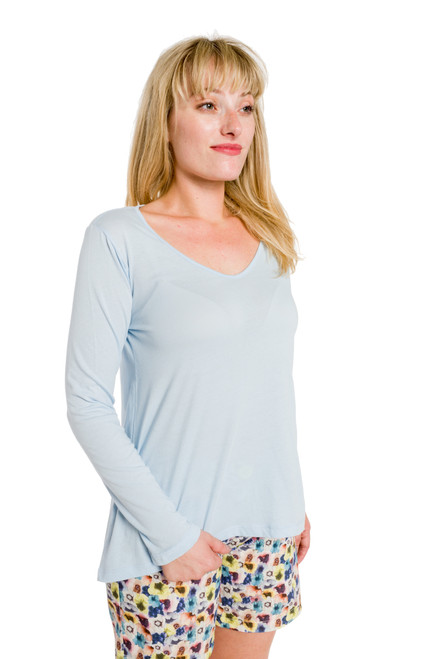 Style B-55   Get comfortable in our chic long sleeve V-neck top, made with 100% Turkish cotton for all day comfort and style. With a relaxed and loose fit, this blouse can be worn with our ultra-soft modal leggings or your favorite pair of jeans. Perfect for layering with a cute scarf or a great necklace. Made with the best fabric to retain its softness and shape even after washing. Available in 3 pretty colors. AtoZ, A to Z