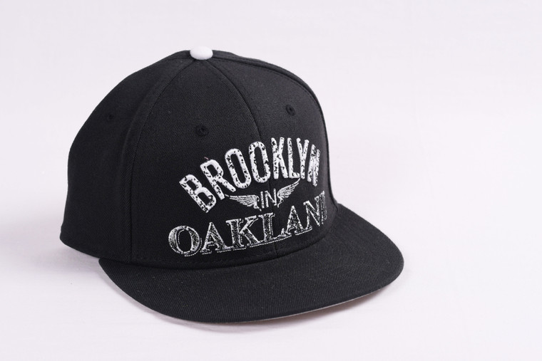 Brooklyn in Oakland Black - Fitted