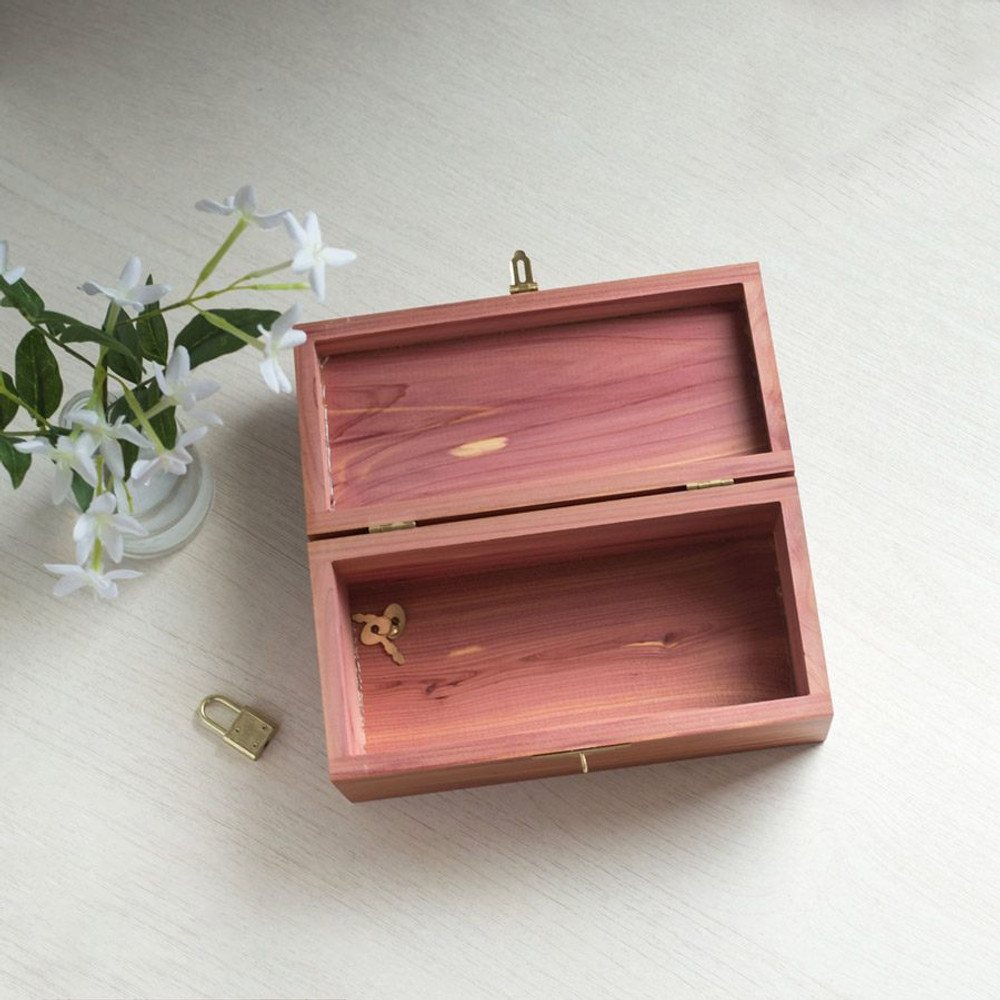 Create Your Own Personalized Wood Keepsake Box