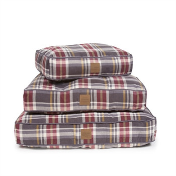 Breslin Plaid Pet Napper Pendleton Dog Bed