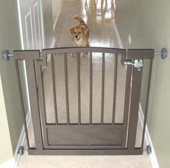 Royal Weave Hallway Dog Gate - Black