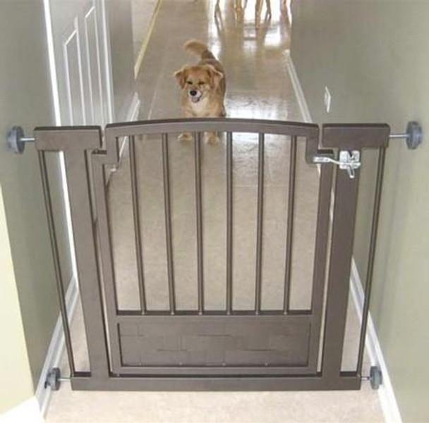 Royal Weave Hallway Dog Gate - Mocha