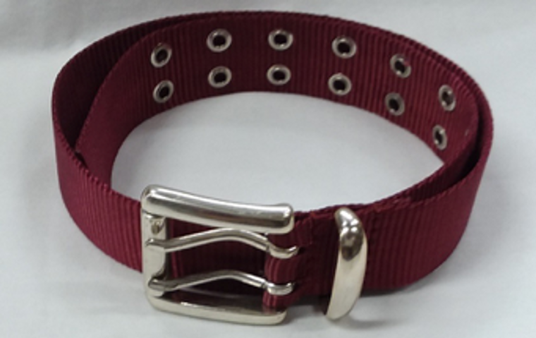 Light maroon nylon belt with double holes design and metal closure.