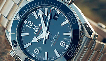 Our Favorite Watches for National Golf Month
