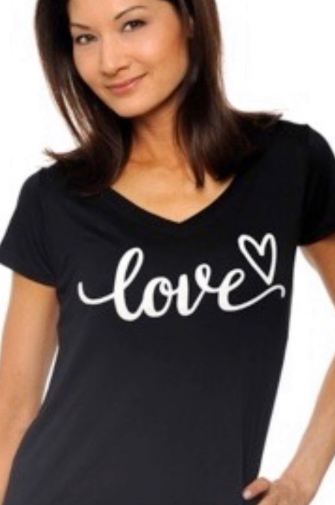 LOVE CURSIVE S/S V NECK with SCATTERED  HEARTS on back. (Black)