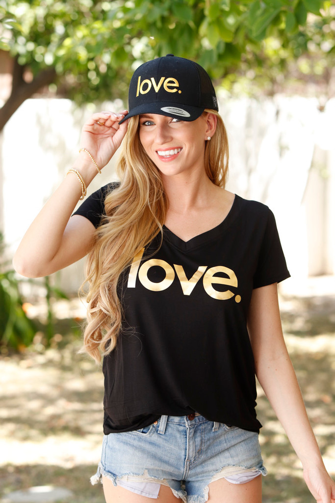 LOVE S/S  V-NECK TEE with a 3 HEARTS GRAPHIC IN GOLD FOIL on BACK (Black)