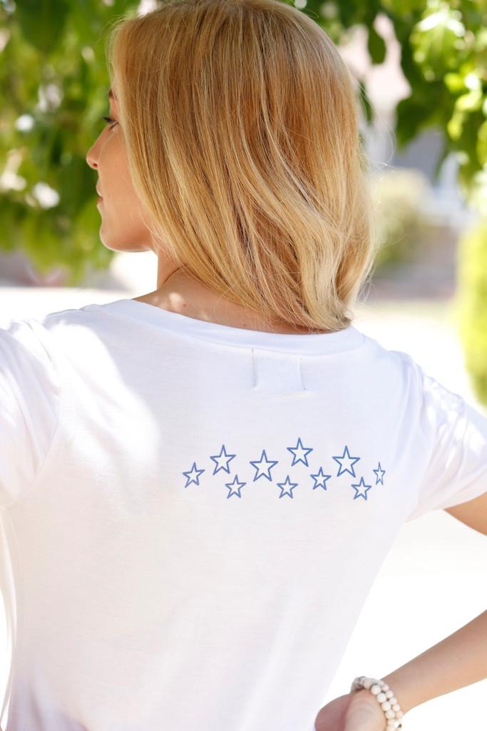 HEART FLAG S/S V NECK with STAR CLUSTER on back. (White)