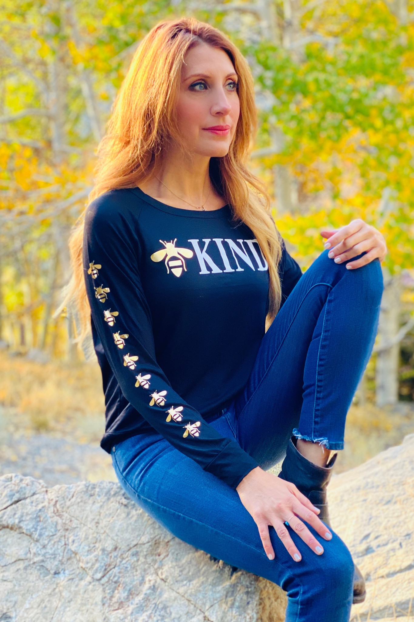 BEE KIND L/S TEE with a BEE'S GRAPHIC IN GOLD FOIL on ARM (Black)