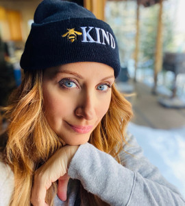 BEE KIND EMBROIDERED CUFFED KNIT BEANIE  (Black)