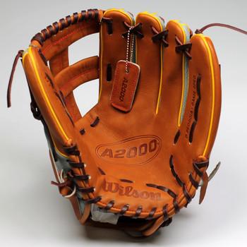 """Wilson A2000 19DP15GM WTA20RB19DP15GM 11.75"""" Infield Baseball Glove - RH Throw"""