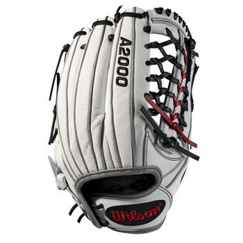 "Wilson A2000 19T125SS 12.5"" Fastpitch Softball Outfield Glove"