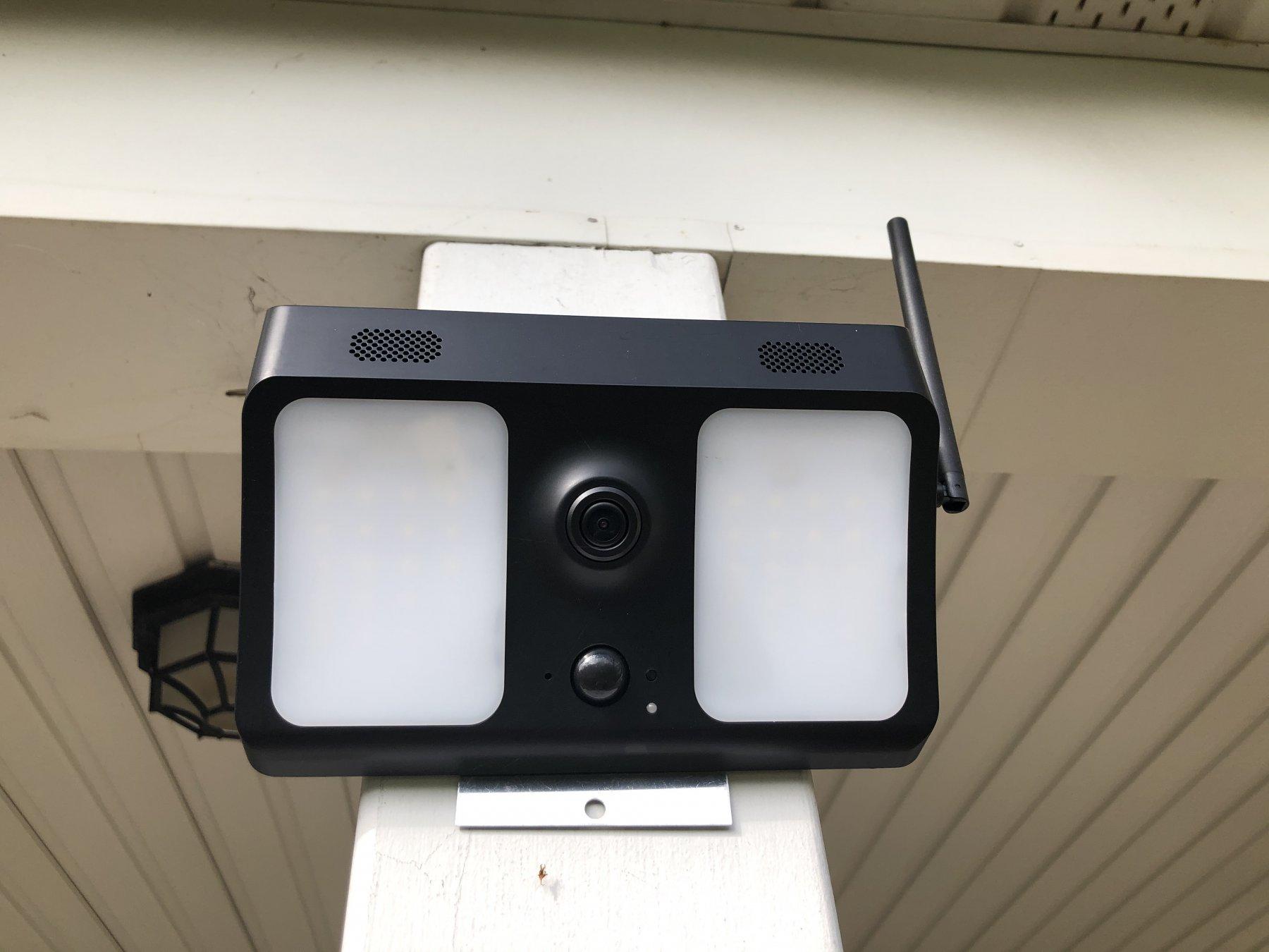 solar outdoor camera wifi.jpg