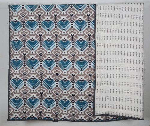 100% COTTON HAND PRINTED GREY AND BLUE TRIBAL QUILT AND 2 SHAMS