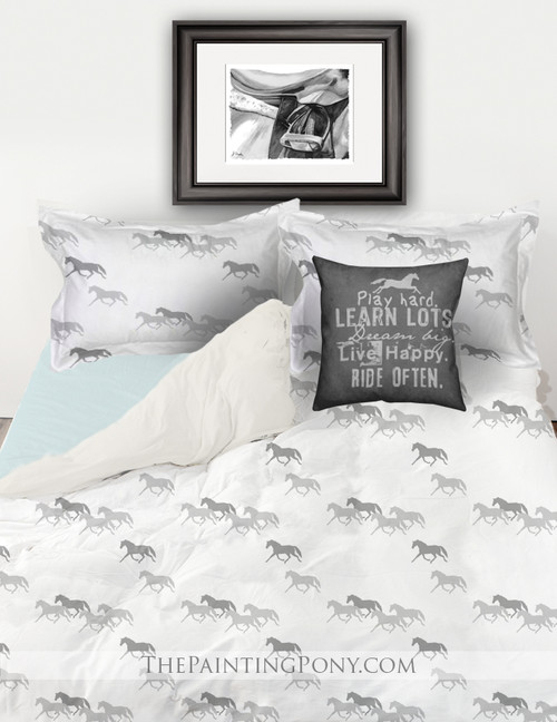 Equestrian Trotting Horses Bedding Set (More Colors Available)