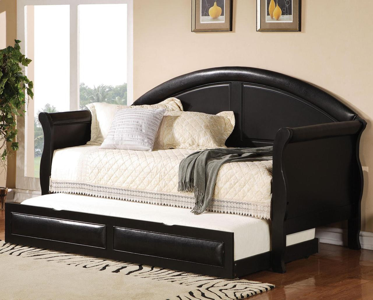 - Dharma Rich Black Daybed W/Trundle - CB Furniture