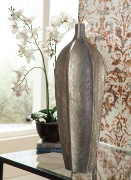 Maldin Tall Vase