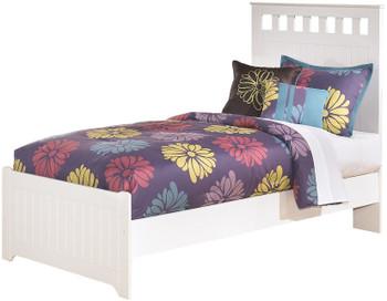 Elli White Bedroom Set