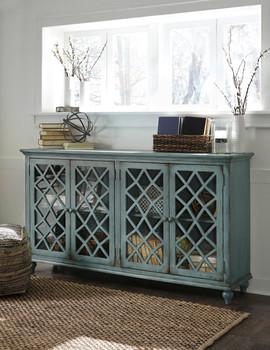 Lory Cabinet