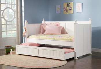 Cottage Hill White Day Bed w/Trundle