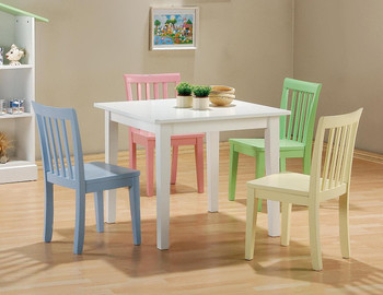 Norris Table With Pastel Chairs