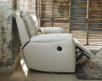 Erwan Leather Zero Wall Recliner