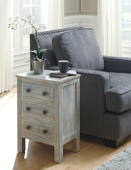 Woodrich Distressed Multi Color 3-Drawer Nightstand