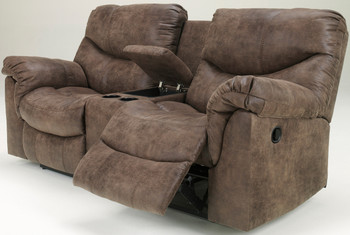 Bryndle Reclining Loveseat