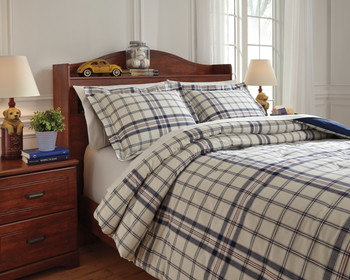 Derick Plaid Comforter Set