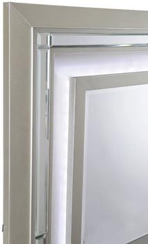 Ronnie Dresser & Lighted Mirror