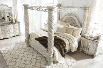 Alexandria Pearl Silver King Poster Canopy Bed