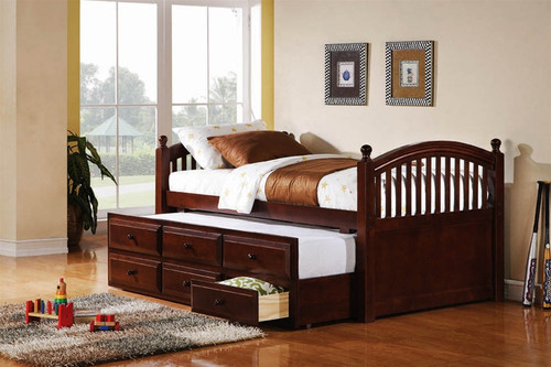 Baldwin Chestnut Daybed With Trundle
