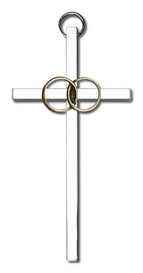 4 inch Antique Gold Wedding Rings on a Polished Silver Finish Cross
