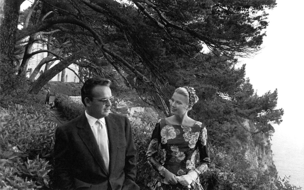 Grace Kelly meeting Prince Rainier