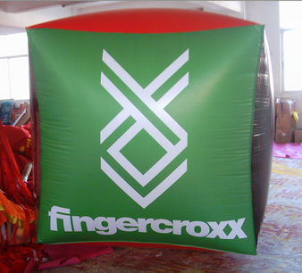 Inflatable Cubes Green