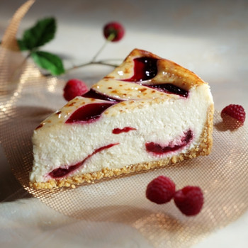 White Chocolate with Raspberry Cheesecake (Case)
