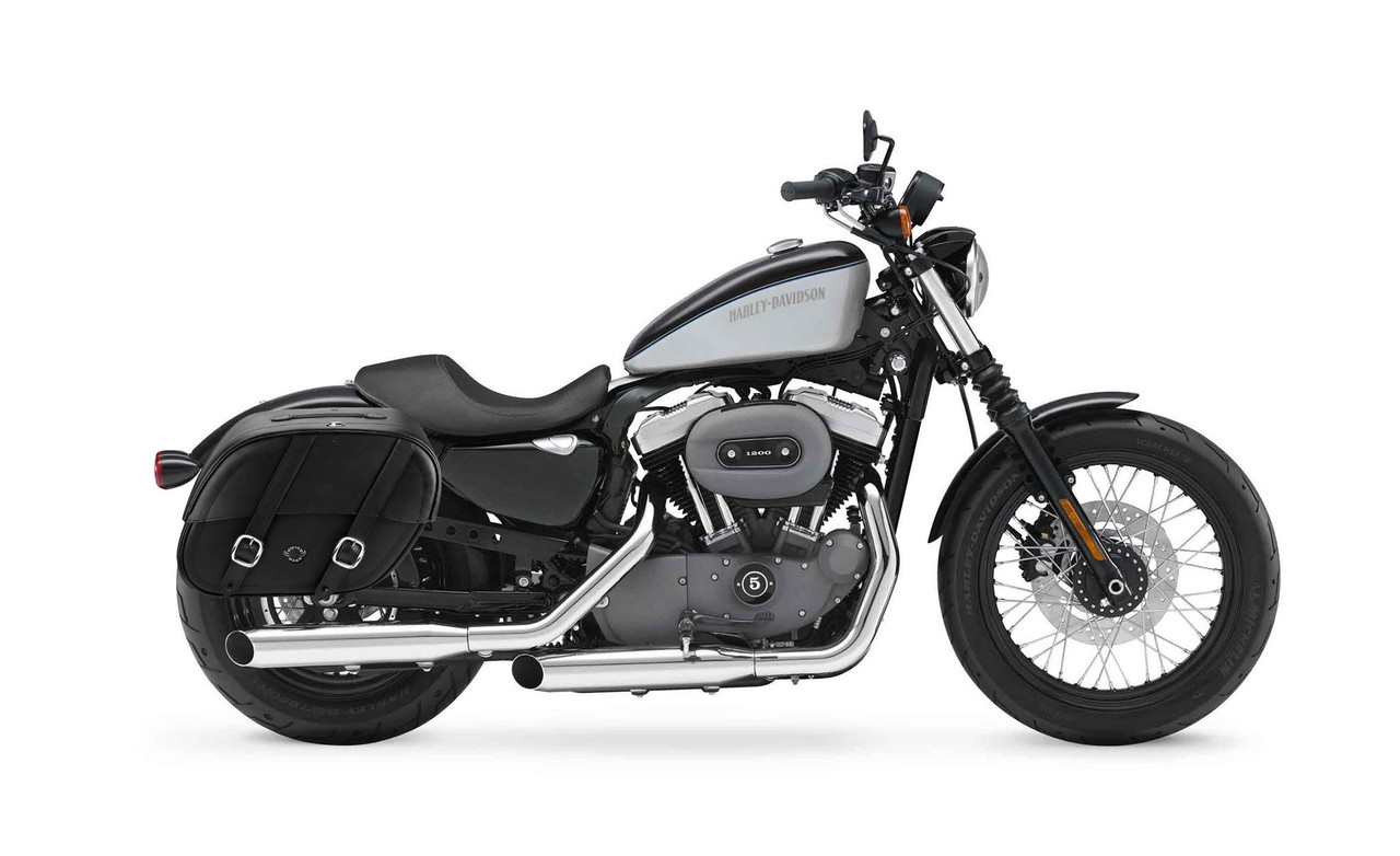 Viking Charger Shock Cutout Large Motorcycle Saddlebags For Harley Sportster 1200 Nightster XL1200N Bag on Bike View