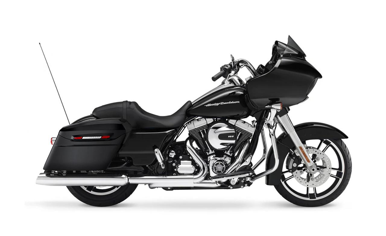 Viking Standard Large Baggers (Gloss) For Harley Road Glide Bag on bike View