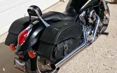 Henrya's '04 Kawasaki Mean Streak w/ Side Pocket Saddlebags