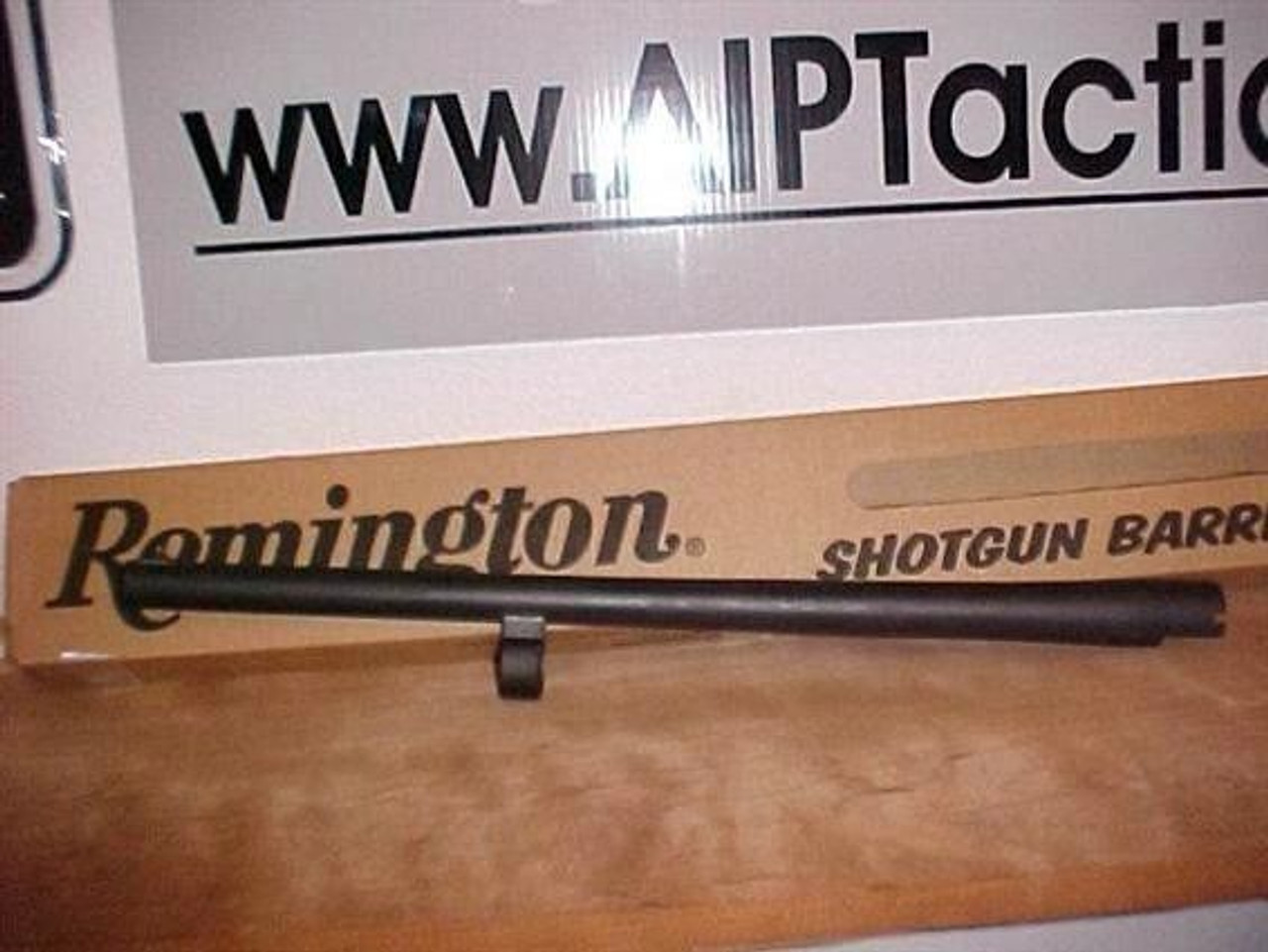 "Remington 18.5"" 12ga Police Barrel, Parkerized IC choke Bead sight"