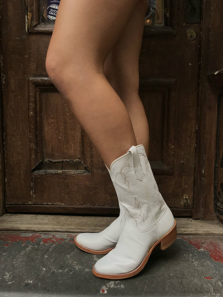 Rios of Mercedes Woman's White Boots