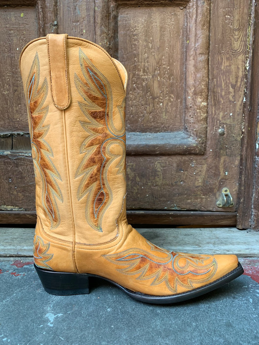 Honey Wings Boot