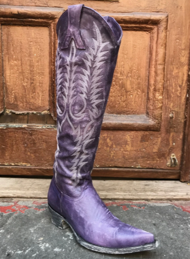 Old Gringo's Mayra Boots, They are Tall and Sassy and.... yes, they make a boot statement alright!