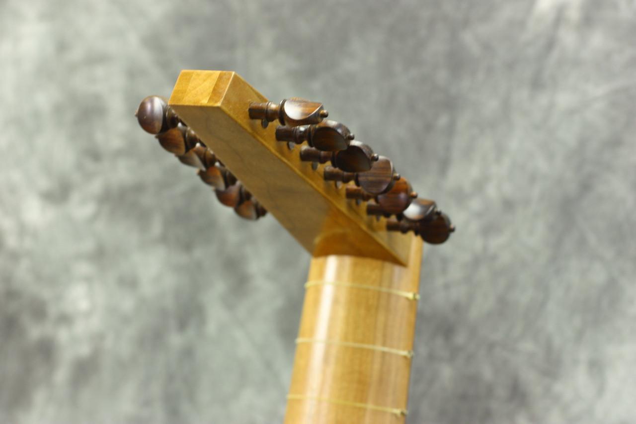 The 58 cm Venere Model Lute
