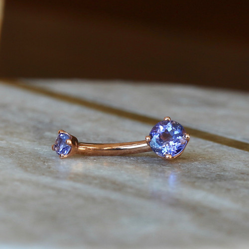 Tanzanite Prong Curved Barbell