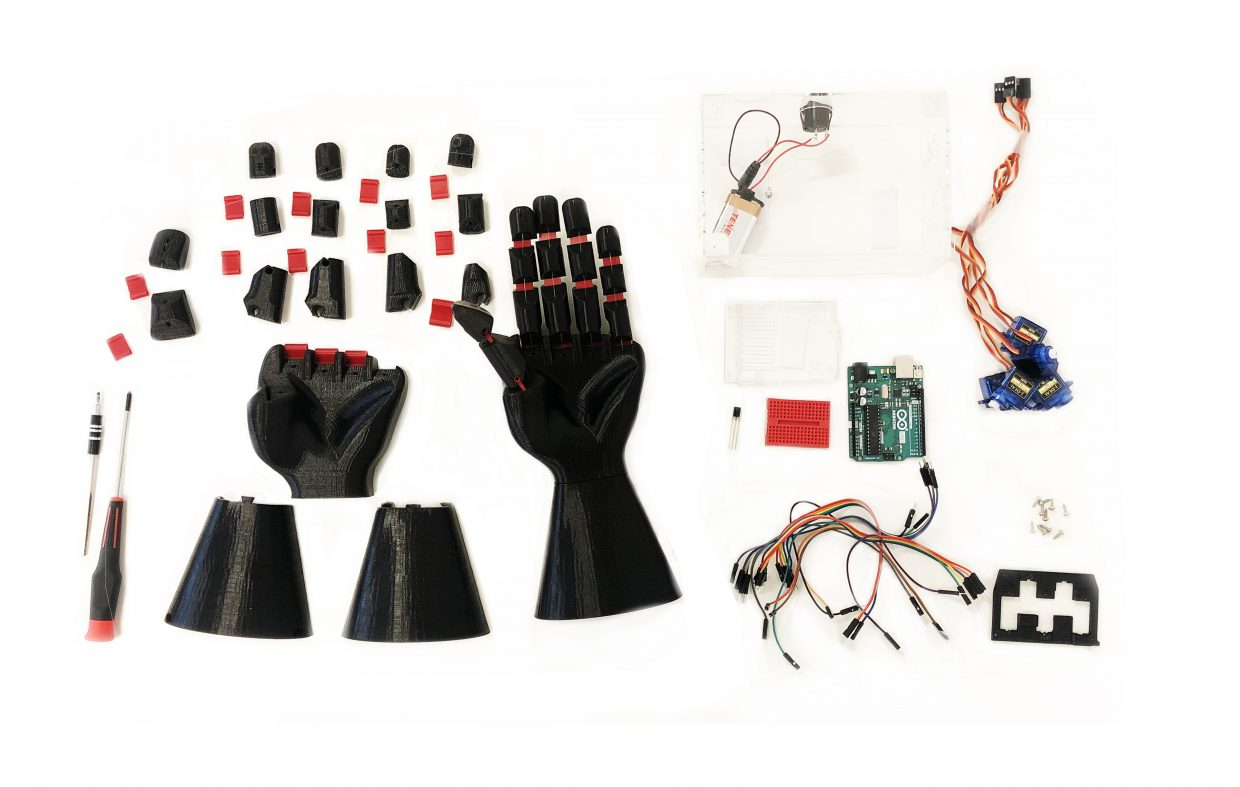 brainco-glove-and-finger-sensors.jpg