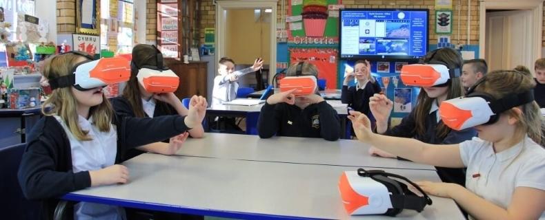 classvr-kids-in-classroom.jpg