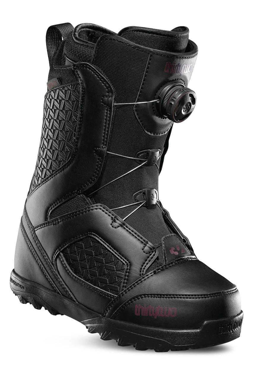 ThirtyTwo STW BOA Snowboard Boots | Women's | Black | Angle