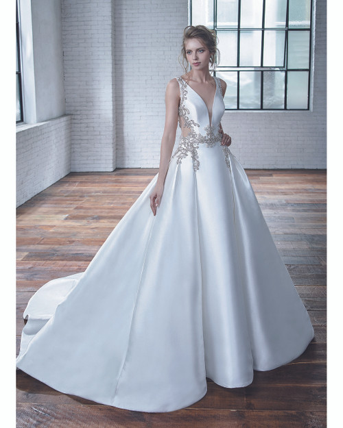 Ivory/Ivory Calla Bridal Gown Front