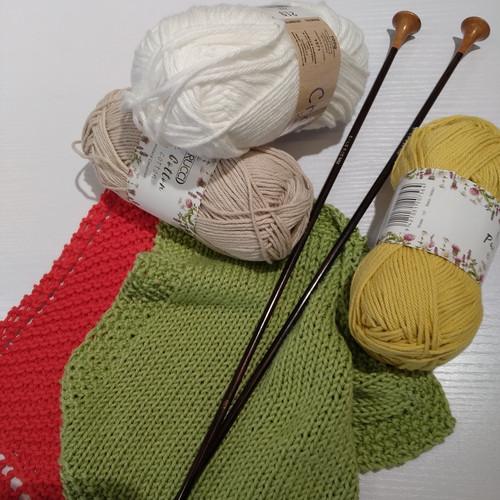 BEGINNERS - KNITTING